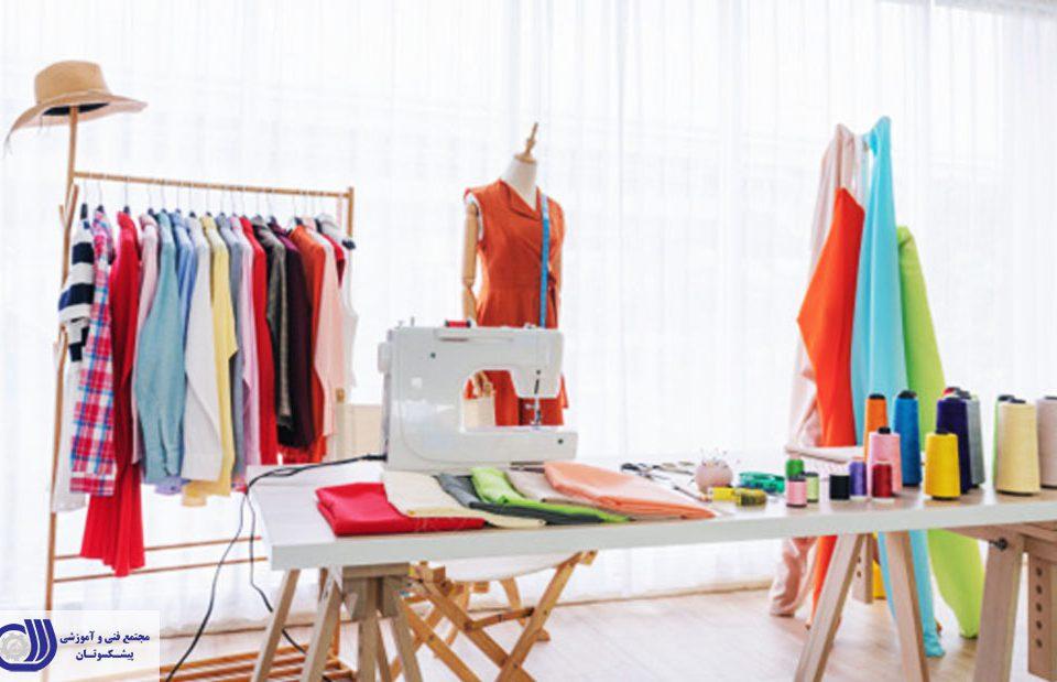طراحی لباس یکی از پرسود ترین صنایع در سراسر جهان است که فرصت های شغلی جذاب و درآمد زایی را ارائه می دهد