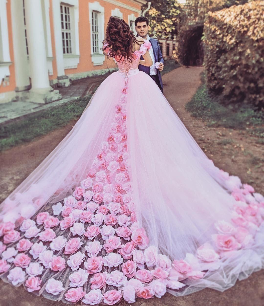 طراحی لباس عروس | آموزش طراحی لباس | آموزشگاه پیشکسوتان