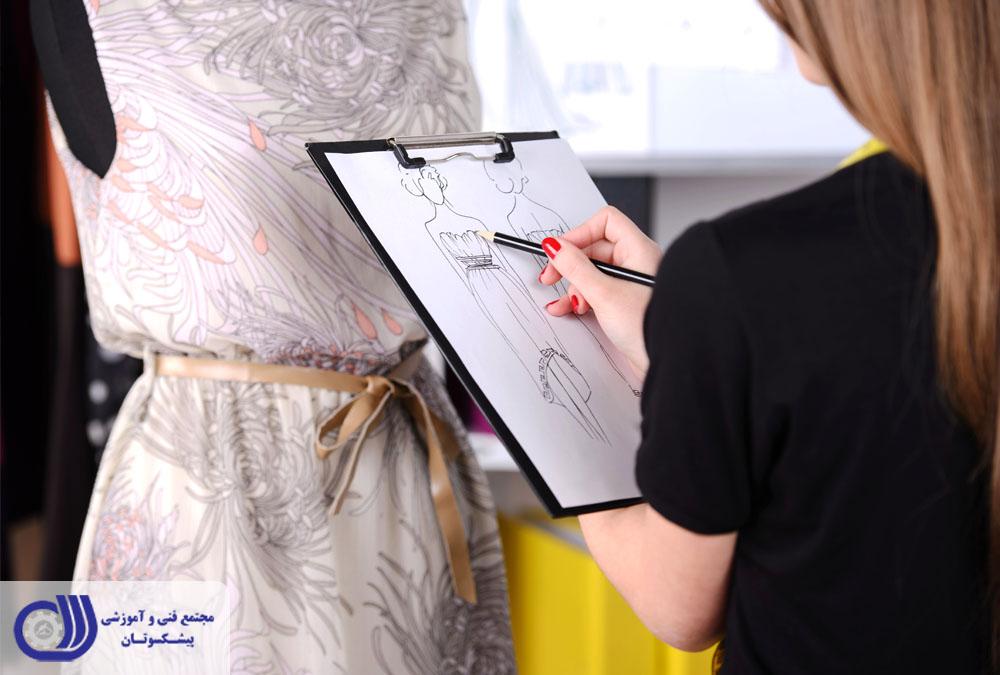 افراد بسیار زیادی در سراسر دنیا وجود دارند که به طراحی لباس و ورود به دنیای مد و فشن و طراحی و دوخت بسیار علاقه مند هستند.